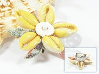 wholesale 9cm Keshi pearl brooch with shell