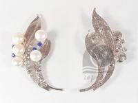 wholesale 3.5*8.5cm feather shape freshwater pearl brooch