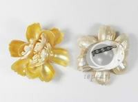 wholesale 7cm yellow begonia shape shell brooch