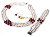 Triple rows white pearl necklace mixing red jades wholesale